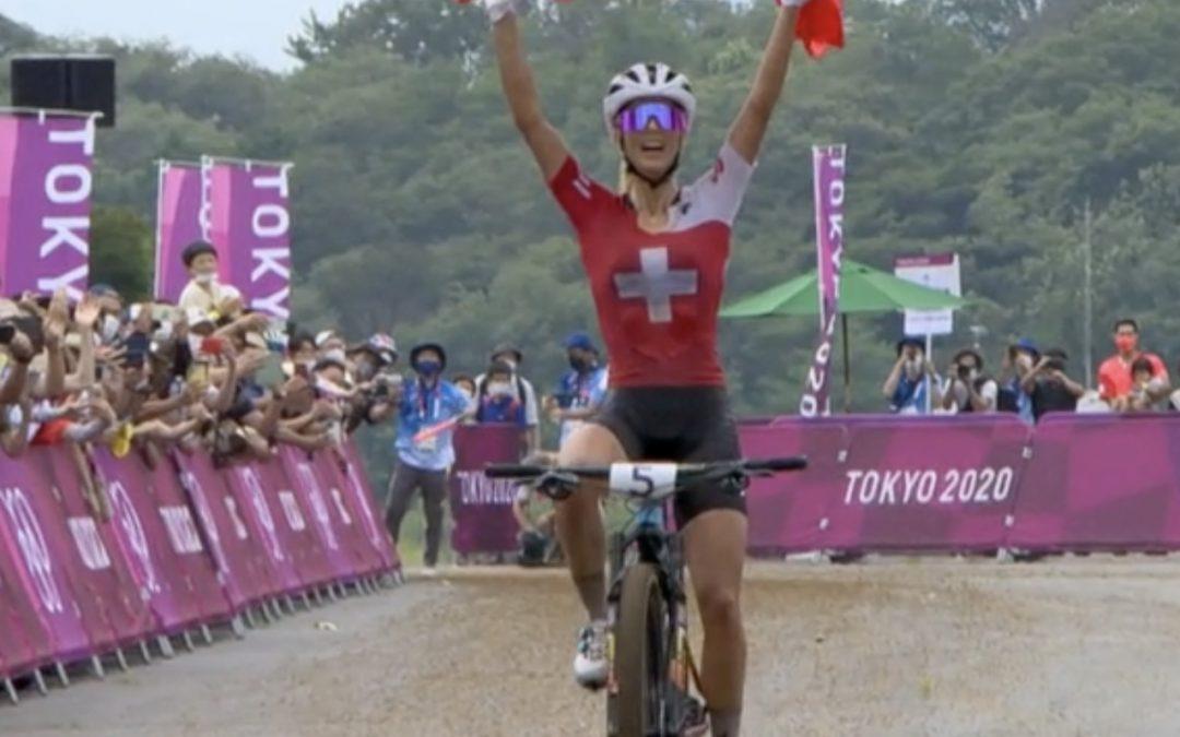 Jolanda Neff vince e trascina la Svizzera sul podio di Tokyo